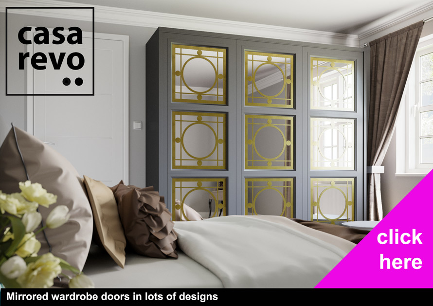 Mirror wardrobe doors by CASAREVO